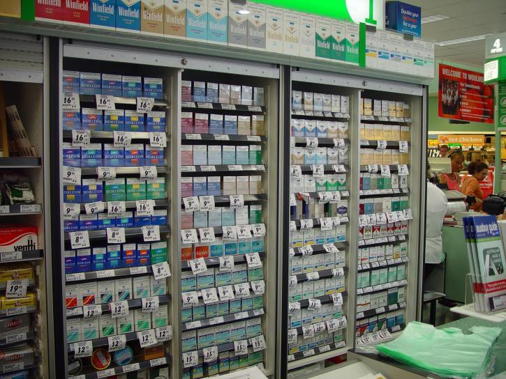 cigarette-counter-725x544